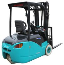 Electric forklift / ride-on / 3-wheel / handling