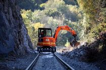 Mini excavator / crawler / for tunnels / diesel