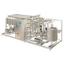 Membrane ultra-filtration unit / for dairy products