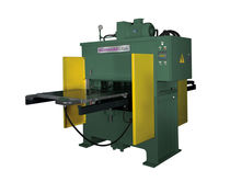 Hydraulic press / forming / for plastics