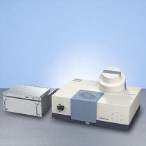 FT-IR spectrometer / terahertz / benchtop / R&D