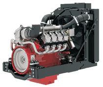 Diesel engine / turbocharged / 8-cylinder