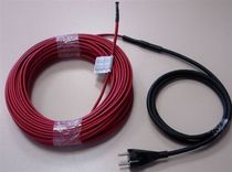 Thermoplastic-insulated heating cable / constant-wattage