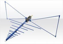 Radio antenna / biconical / log-periodic / hybrid
