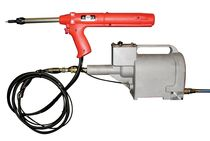 Hydro-pneumatic riveter / with rivet cartridge