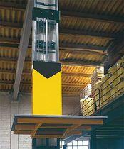 Column type goods lift / hydraulic