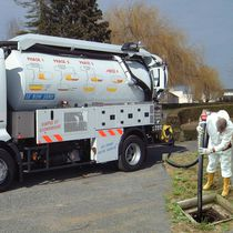 Suction truck / sewer cleaner / 2-axle