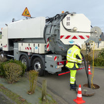 Sewer cleaner truck / suction / 3-axle