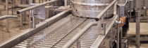 Chain conveyor / for drums / horizontal / transport