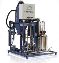 Liquid polyelectrolyte mixer-dispenser / screw