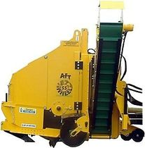 Wheel trencher / rubber-tired / tractor