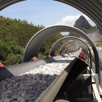 Belt conveyor / for bulk materials / long-distance / horizontal