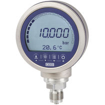 Digital pressure gauge / electronic / for gas / for oil