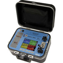 Temperature calibrator / pressure / frequency / portable