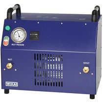 Gas compressor / portable / electrically-powered / oil-free