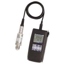Pressure meter / differential / portable / digital