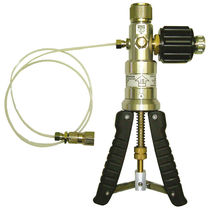 Air pump / pneumatic / for laboratories / compact