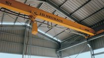 Monorail overhead traveling crane / pneumatic-drive