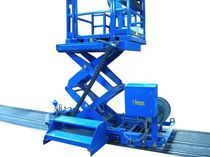 Work platform / mobile / with safety railing / hydraulic
