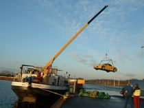 Barge crane / boom / hydraulic / lifting