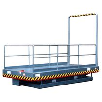 Scissor lift table / hydraulic / with ramp
