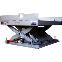 Scissor lift table / hydraulic / for order picking
