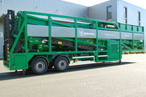 Mobile screening unit / for bulk materials / for biological waste treatment / 2 fractions