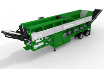 Mobile screening unit / for bulk materials / for biological waste treatment / 3-deck