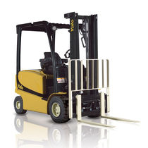 Electric forklift / ride-on / outdoor / handling
