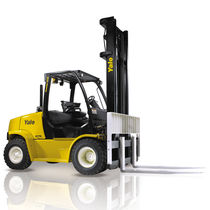 LPG forklift / diesel / ride-on / for the construction industry