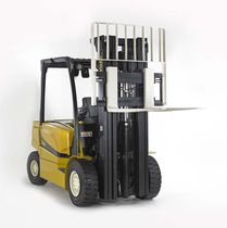 Electric forklift / ride-on / outdoor / for the automotive industry