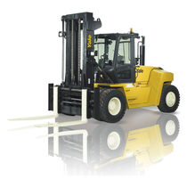 Forklift with combustion engine / ride-on / for the wood industry / heavy-duty
