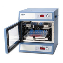 Laboratory shaker incubator / natural convection / digital / for microplates