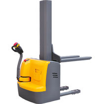 Electric stacker truck / walk-behind / transport / for warehouses