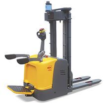 Electric stacker truck / with rider platform / AGV / transport