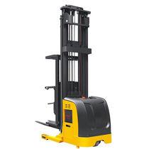 Electric order-picker / vertical / high-level