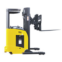 Electric reach truck / stand-on / handling / 3-wheel
