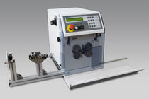 Cable cutting and stripping machine / blade