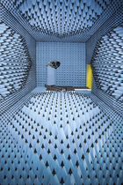 Radio frequency anechoic test chamber / modular / antenna measurement