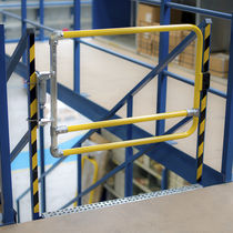 Railing safety gate