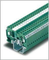 DIN rail-mounted terminal block / feed-through