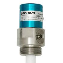 Capacitive level sensor / for liquids / with temperature sensor