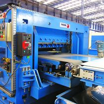 Coil-fed cut-to-length cutting line / steel / stainless steel / for aluminum