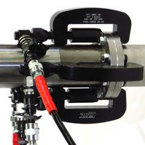 Hydromechanical clamping system / for tubes