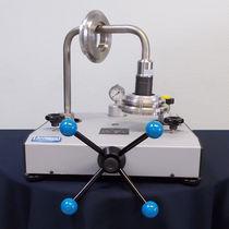 Pneumatic deadweight tester / precision 10-4
