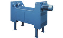 Three-shaft shredder / waste / cardboard box / for paper