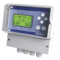 Ultrasonic level gauge / for liquids / digital