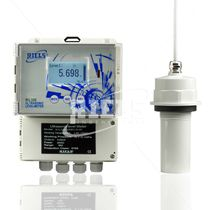 Ultrasonic level transmitter / for liquids / for storage tanks / compact