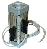 Piston flow switch / for liquids / with indicator / process