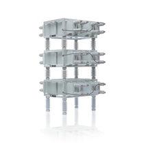 Open-rack shunt capacitor bank